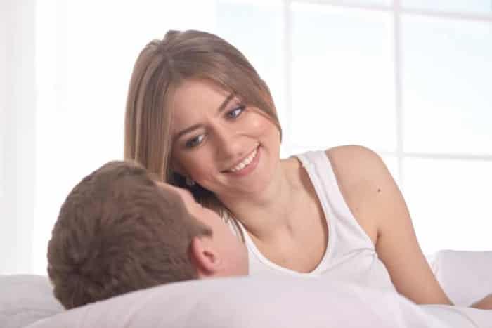 配偶者がいると知っていて肉体関係を持つ