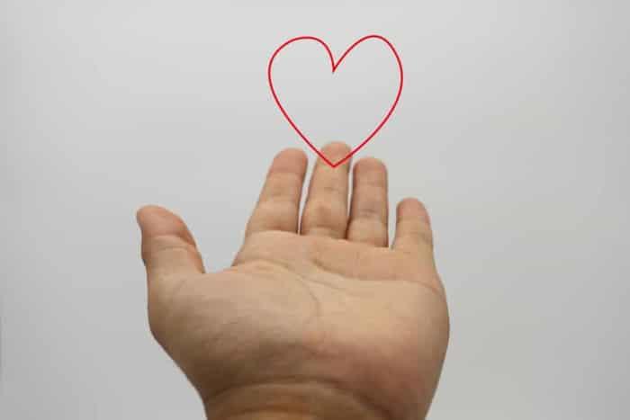 遠距離恋愛の相手に告白が成功するコツ