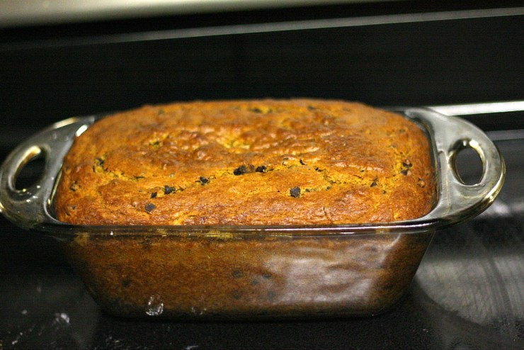 How to make pumpkin banana bread with chocolate chips!
