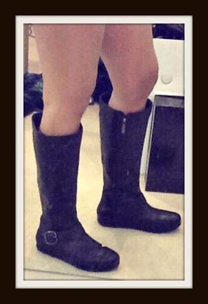 FitFlop DuBoot TallBuckle Black Boots Product Review