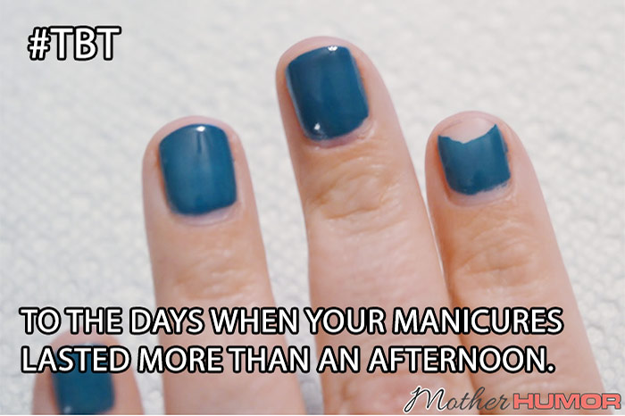 picture of chipped gel manicure