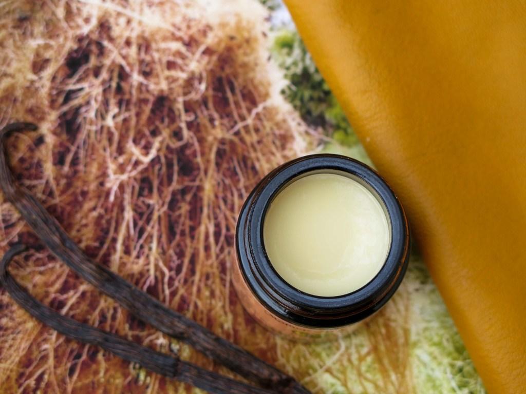 1oz Vanilla Vetiver Tallowed Touch Tallow Balm open