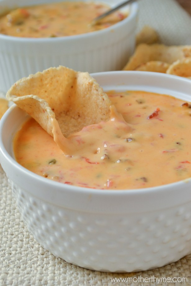 Sausage Queso Dip - www.motherthyme.com