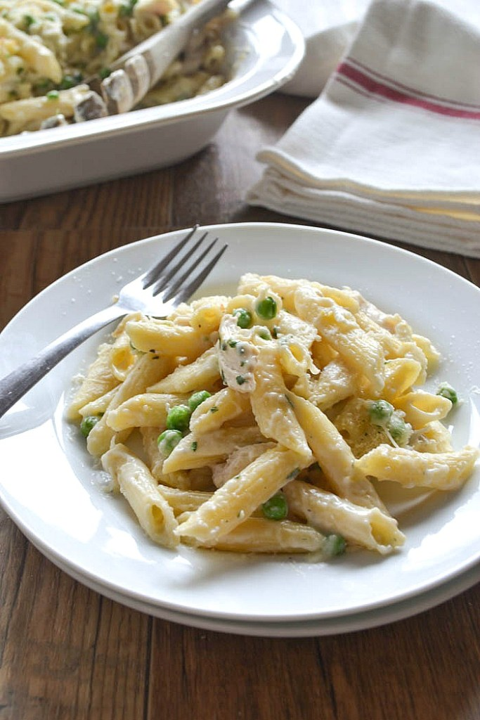 Baked Penne with Chicken and Peas