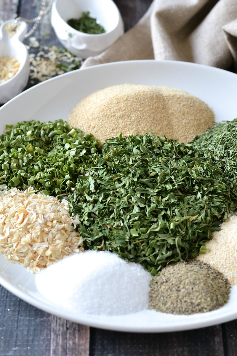 HOMEMADE RANCH SEASONING MIX (DAIRY-FREE + PALEO)