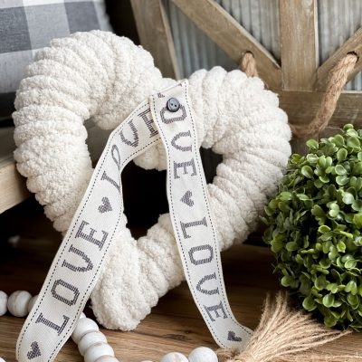 11 Cute and Easy Farmhouse-Style Valentine's Day DIY's