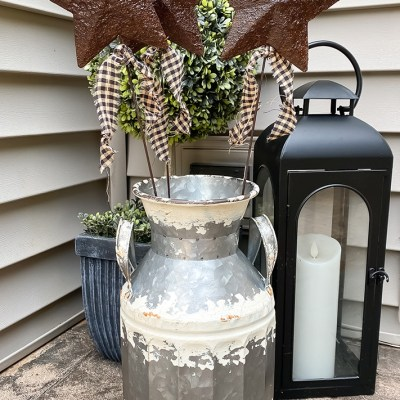 DIY Star Rusted Garden Stake