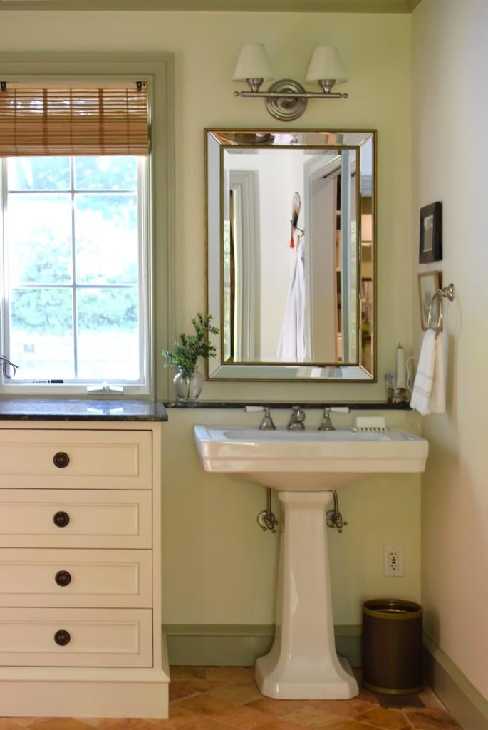 pedestal sink with gustavian ring pull vanity drawers
