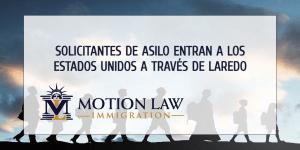 Laredo recibe decenas de inmigrantes bajo el plan de reasentamiento de Biden