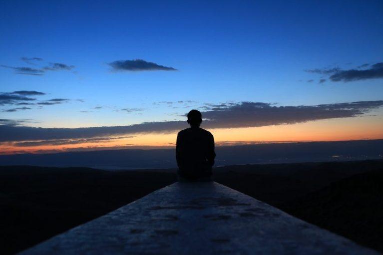 Sukses Dimulai dari Pikiran: Mimpi dan Berpikir Positif