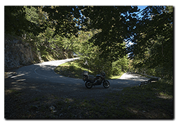 Aprilia Caponord ETV1000 Rally-Raid and dark bends on the East side of the Gran Sasso