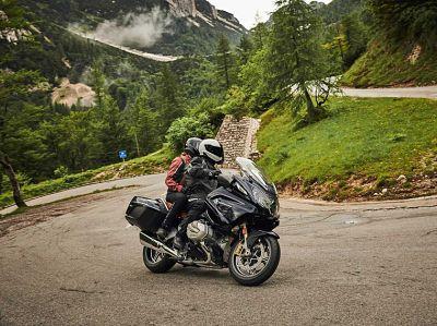 Anticiperen op de motor in de bergen Moto Maestro Motortrainingen