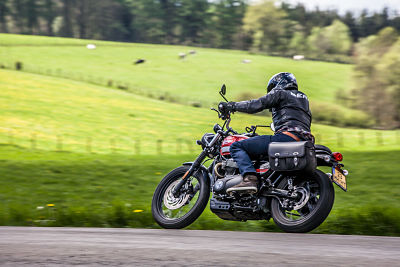 Juiste zithouding op de motor - Moto Maestro Motortrainingen
