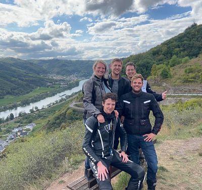 Bergtraining op de motor in de Eifel en Moezel - Moto Maestro Motortrainingen.