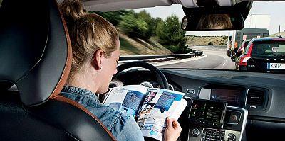 appen en lezen achter het stuur - Moto Maestro Motortrainingen