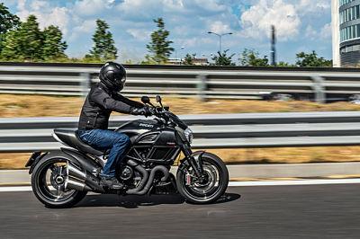 Pak op tijd je ruimtekussen - Moto Maestro Motortrainingen