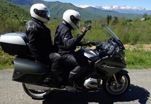 Moto-Pyrénées sont des organisateurs avenants et toujours souriants