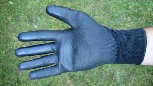 Avec le nettoyant drywash, utiliser des gants