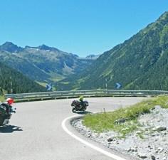 1-Moto Pyrénées balades voyages vacances Catalogne Aragon (1)
