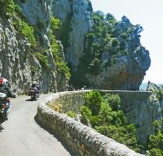 1-Moto Pyrénées balades voyages vacances Gorges (1)