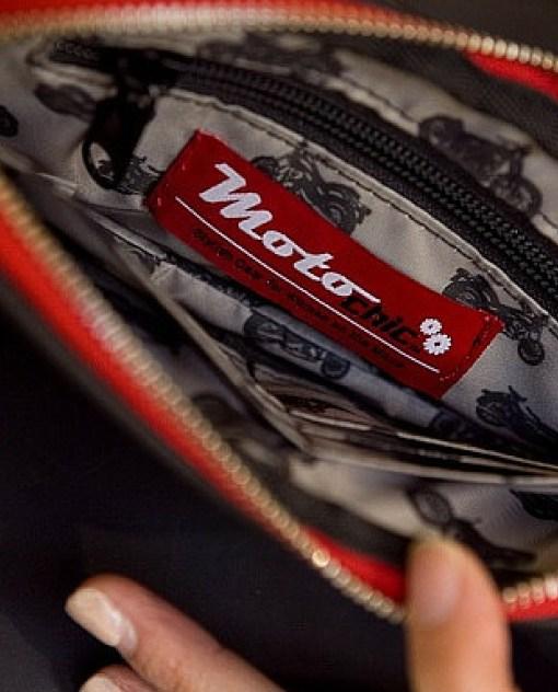 Valerie - inside zipper