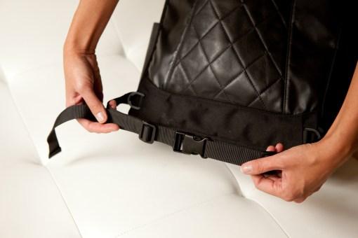 Lauren: Black harness adjust