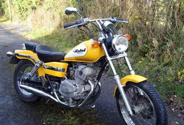Honda CA 125 Rebel