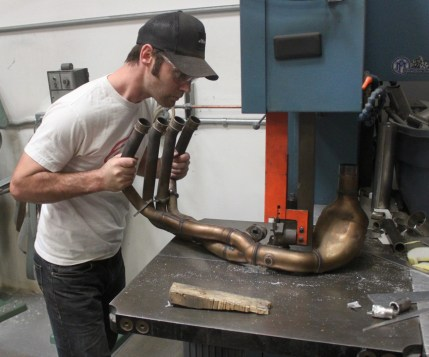 Cutting out the exhaust valve