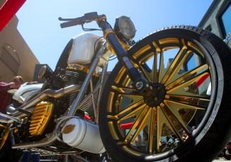 Now this is Mickey Rourke's beautiful RSD custom machine