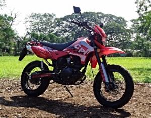 A Fighting Chance – CPI Motard 250 R
