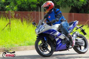 COMPETITIVE CONTENDER – Yamaha YZF-R15