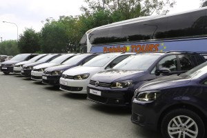 Volkswagen Philippines turns over Touran MPVs to Froehlich Tours