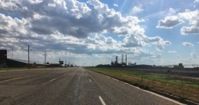 Texas, Oil industry is prevalent along the roads