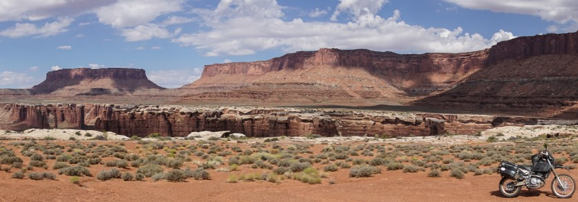 "The white rim follows the ""inner"" canyon"