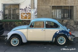 White and blue VW Beetle in the Streets of Guadalajara
