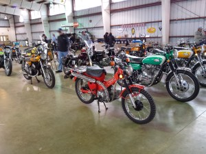 <fine vintage japanese motorcycles>