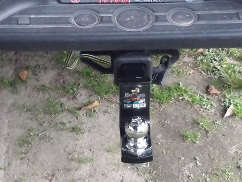Toyota Install a trailer hitch Westin