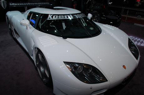 Koenigsegg se muestra en el salón de Ginebra
