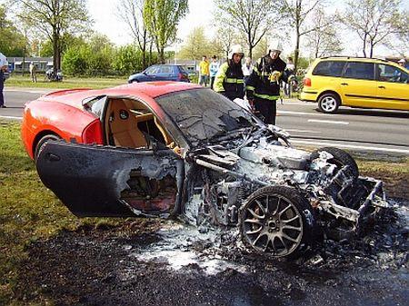 Ferrari 599 GTB Fiorano en llamas
