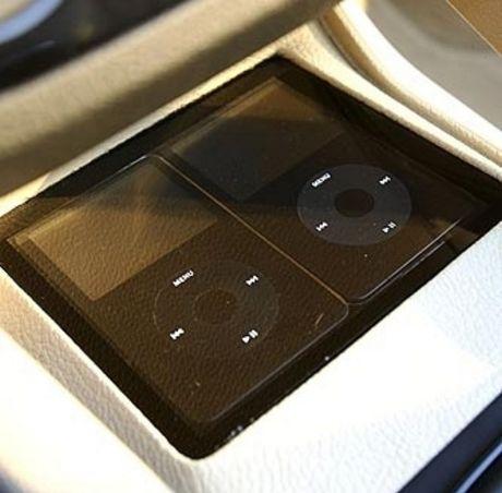 Volkswagen EOS Sunshine, el escaparate de electrónica