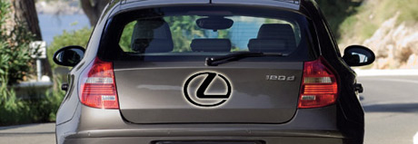 Lexus compacto