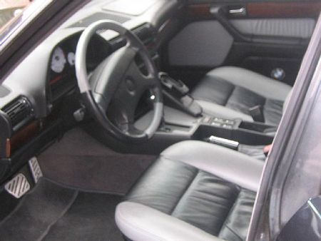 Réplica de un BMW Serie 7 E55 sobre un Serie 7 E32