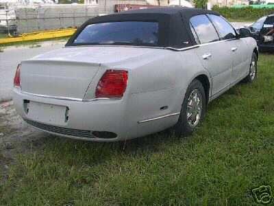 Réplica de Bentley Continental basado en un Lincoln Town Car