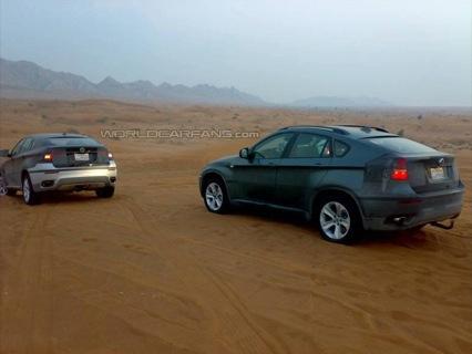 Dos BMW X6 de producción cazados en el desierto