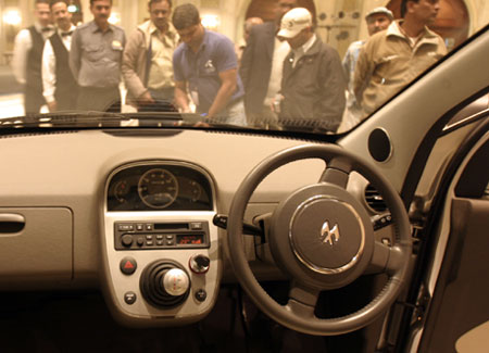 Bajaj Compact Car Concept, desde el Salón de Nueva Delhi