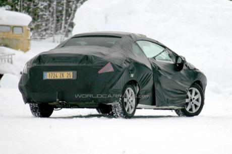 Peugeot 308 CC, fotos espía