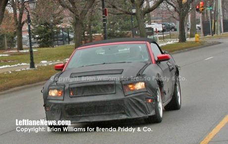 Ford Mustang 2010, más fotos espía del interior