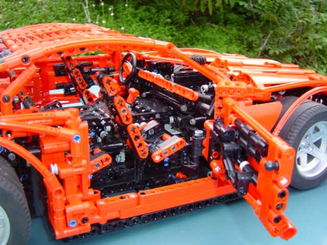 El Chevrolet Camaro se deja ver... en Lego