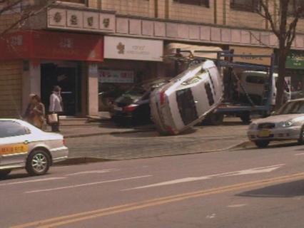 Empiezan los primeros accidentes del Hyundai Genesis