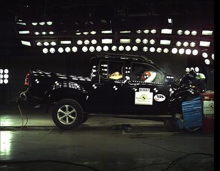 Nissan Navara EuroNCAP